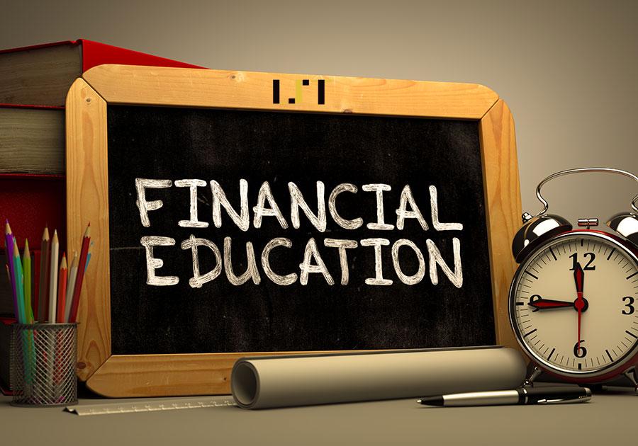 Educația financiară în România